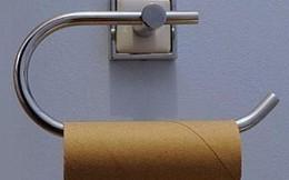 Hành khách hoảng hốt vì máy bay hết giấy vệ sinh