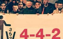 """Ảnh chế: Sir Alex """"dẫn đoàn"""" biểu tính chống Van Gaal"""