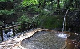 Nhật đóng cửa suối nước nóng vì khách quay phim khiêu dâm