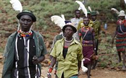 """Tục lệ đám cưới kỳ lạ ở Kenya: Cô dâu bị """"giam giữ"""" trước lễ cưới"""