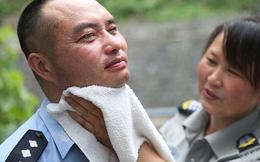 Trung Quốc: Cảnh sát mù bảo vệ cả thị trấn suốt 11 năm
