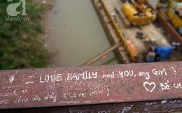 """Những """"chứng tích tình yêu"""" không thể mê nổi của giới trẻ Hà Nội"""