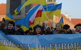 """""""Nhiệm vụ bất khả thi"""" đưa Ukraine rời xa Nga, hóa """"Ba Lan mới"""""""