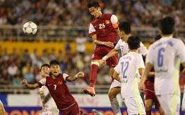 Ngôi sao bị bỏ rơi của U21 Việt Nam cười như mếu vì khán giả?