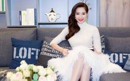 Hoa hậu Đặng Thu Thảo đẹp tinh khôi đi sự kiện