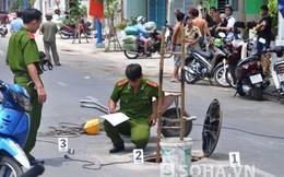 Người đàn ông bị văng từ dưới cống lên mặt đường