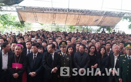 Hàng nghìn người về dự lễ truy điệu ông Nguyễn Bá Thanh