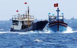 Tàu cá VN lại bị tàu TQ xua đuổi ở vùng biển chủ quyền Trường Sa