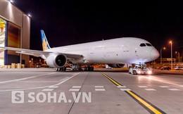 Cận cảnh chiếc Boeing hiện đại nhất của Vietnam Airlines