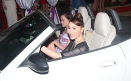 Hot girl Sunny Huỳnh nhập viện khẩn cấp vì bị uy hiếp