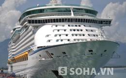 Tàu du lịch lớn nhất Châu Á vừa cập cảng Chân Mây