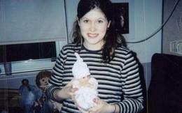 """Kỳ lạ bé gái sinh ra chỉ nhỏ bằng """"ngón tay cái"""""""