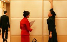 Nữ tiếp viên hàng không Trung Quốc bị cấm bay vì... quá béo