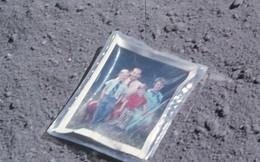 Bí mật trong bức ảnh gia đình tìm thấy trên… Mặt Trăng
