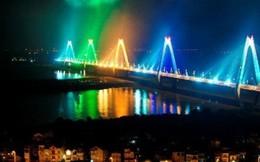 """Bắn pháo hoa ở cầu Nhật Tân: """"Phục vụ nhân dân thì đừng nói tiếc!"""""""