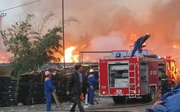 Vụ cháy lớn tại Hải Dương: Hơn 7 giờ vẫn chưa dập được lửa