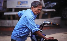 Câu chuyện về bác bảo vệ già trường THPT Việt Đức khiến nhiều người cảm động