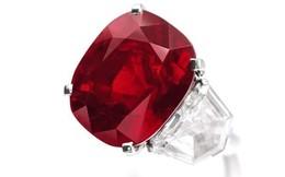 Cận cảnh viên đá ruby 'sang chảnh' có giá hơn 668 tỷ đồng