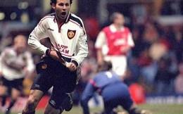 """Những trận Arsenal – Man United """"dị"""" nhất lịch sử: Chiếc giày bay, """"những lưỡi rìu"""" và """"Super Nani"""""""