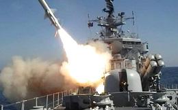 """Xem """"sát thủ diệt hạm"""" Kh-35 trang bị trên tàu tên lửa Nga"""