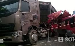 Va chạm kinh hoàng giữa trời mưa, một hành khách tử vong trên xe