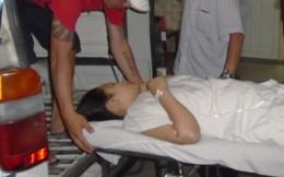 Một nữ sinh viên bị tạt acid ngay tại trường