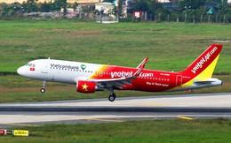 Máy bay của Vietjet Air bay lòng vòng vì thời tiết xấu