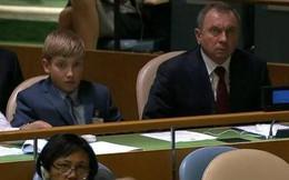 Cậu con trai 11 tuổi sẽ là người kế nhiệm Tổng thống Lukashenko?