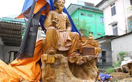 Cận cảnh tượng cụ Nguyễn Du bằng gỗ gù hương khủng ở Việt Nam