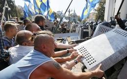 Tổng thống Ukraine bất lực dẹp loạn trong nước