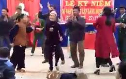 Bữa tiệc mừng tưng bừng của các cụ làng văn hóa