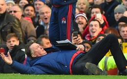 """Khi người Man United """"thái độ lạ"""" với Van Gaal"""