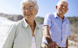 """8 bí quyết sống đến 100 tuổi khiến bạn """"ngã ngửa"""""""