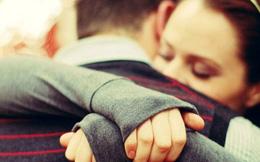 Muốn an ủi người khác, bạn không nhất thiết phải mở lời