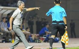 """HLV """"phũ mồm"""" nhất V-League nói gì vụ HLV Việt đánh học trò?"""