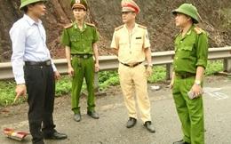 Quảng Ninh: Xe khách va chạm container, 3 người Trung Quốc thương vong