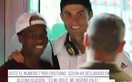 Sao trẻ Chelsea chờ… 20 phút để được gặp Cris Ronaldo