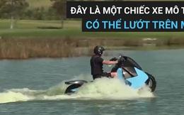 [Video] Bạn không nhìn nhầm đâu, chiếc mô tô này vừa đi được trên cạn, lại vừa lội được nước
