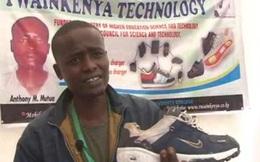 Thanh niên châu Phi phát minh ra giày có thể sạc cho điện thoại