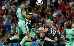 """Tuyệt chiêu của Ronaldo khiến người Pháp """"không lạnh mà run"""""""