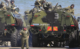 """NATO phân cực trước mối quan hệ """"đau đầu"""" với Nga"""