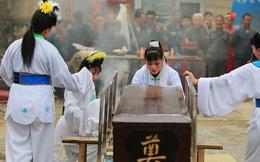 """Gặp gỡ những """"nghệ nhân khóc mướn"""" ở Trung Quốc"""
