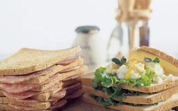 """7 """"lỗi"""" ăn sáng có hại cho sức khỏe rất nhiều người mắc"""