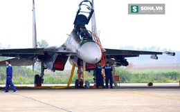 """Su-30MK2 VN phóng tên lửa Kh-31A xuất sắc bắn chìm tàu """"lạ""""!"""