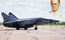 Điều ít biết về cha đẻ của mẫu máy bay lừng danh một thời