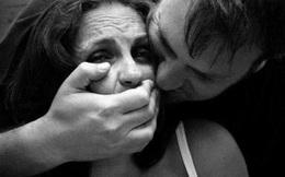 Không chống cự khi bị cưỡng hiếp, bé gái bị làng phạt đòn