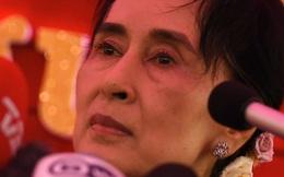 """Điều gì khiến Trung Quốc vội """"làm thân"""" với bà Aung San Suu Kyi?"""