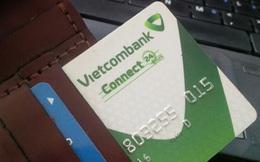 """Vụ tiền trong thẻ Vietcombank  """"bốc hơi"""" 500 triệu trong 1 đêm: Ngân hàng đã xuống nước"""