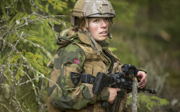 Thảm họa quân phục và những tiến bộ vượt bậc của màu sắc ngụy trang