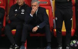 Mourinho và Man United: Vì họ… hành hạ nhau